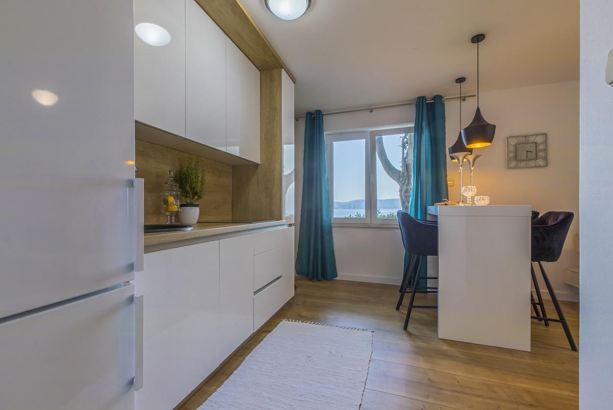 kitchen-view-apartment-novi-vinodolski-villa-laurus